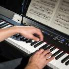 Best Digital Piano Electric Keyboard and Speakers for Beginn